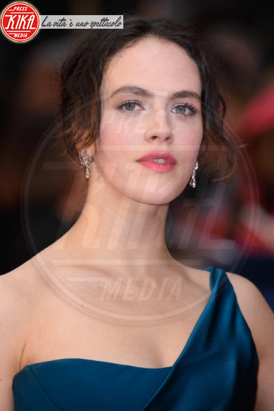 Jessica Brown Findlay - Londra - 09-04-2018 - Jessica Brown Findlay e Lily James, reunion di Downton Abbey