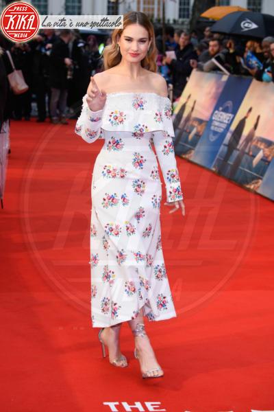 Lily James - Londra - 09-04-2018 - Jessica Brown Findlay e Lily James, reunion di Downton Abbey