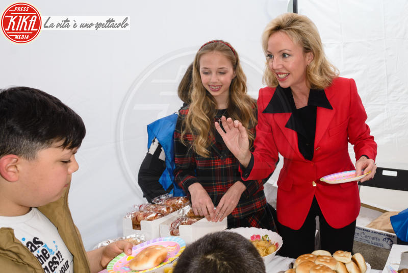 Maria Chiara di Borbone, Camilla di Borbone - Roma - 14-04-2018 - Salvamamme compie vent'anni e la festa diventa principesca