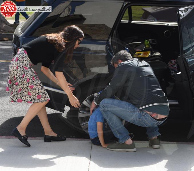 Samuel Affleck, Jennifer Garner, Ben Affleck - Palisades - 15-04-2018 - Ben Affleck, spunta un nuovo maxi tatuaggio... sul posteriore!