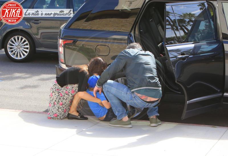 Samuel Affleck, Jennifer Garner, Ben Affleck - Pacific Palisades - 15-04-2018 - Ben Affleck, spunta un nuovo maxi tatuaggio... sul posteriore!