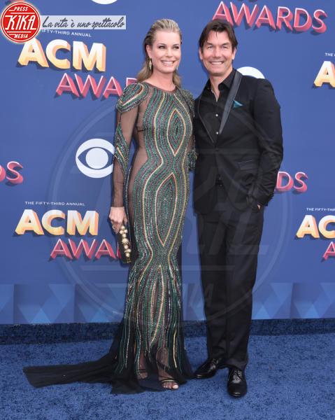 Jerry O'Connell, Rebecca Romijn - Las Vegas - 15-04-2018 - Nicole Kidman regina country: abito dorato e schiena scoperta