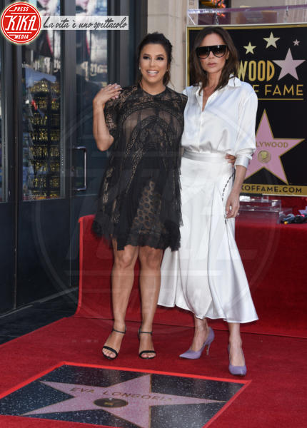 Eva Longoria, Victoria Beckham - Hollywood - 16-04-2018 - Eva Longoria, una stella col maxi-pancione sulla Walk of Fame