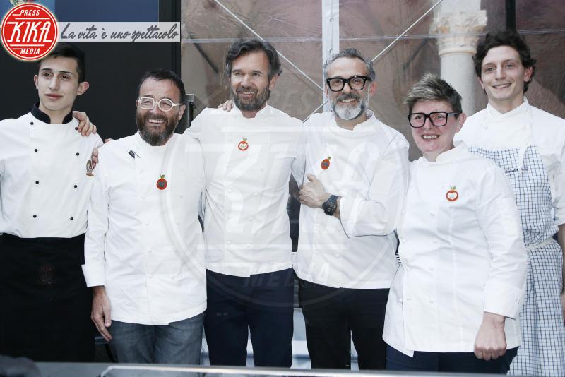 Giancarlo Morelli, Viviana Varese, Carlo Cracco, Massimo Bottura - Milano - 18-04-2018 - Bottura, Cracco & Co: una cena da 13 stelle Michelin
