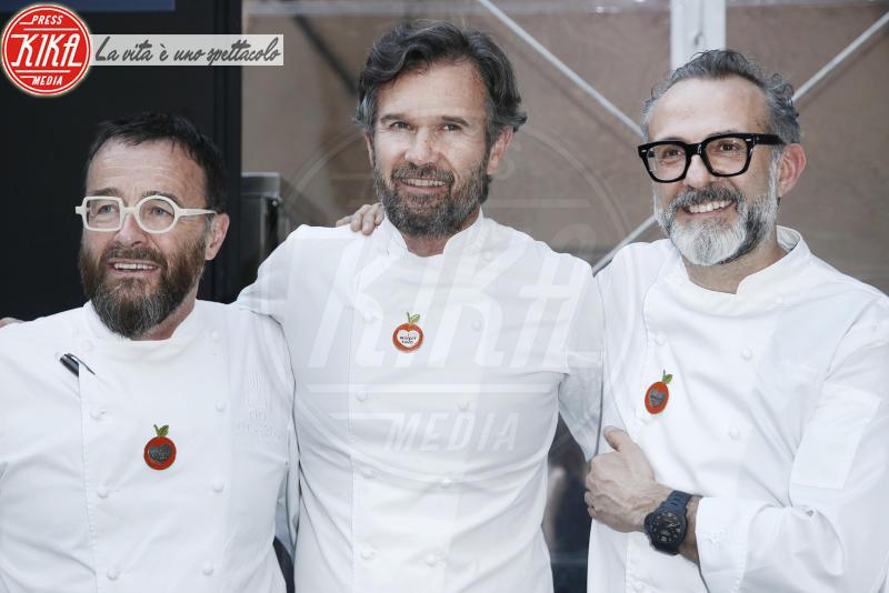 Giancarlo Morelli, Carlo Cracco, Massimo Bottura - Milano - 18-04-2018 - Bottura, Cracco & Co: una cena da 13 stelle Michelin