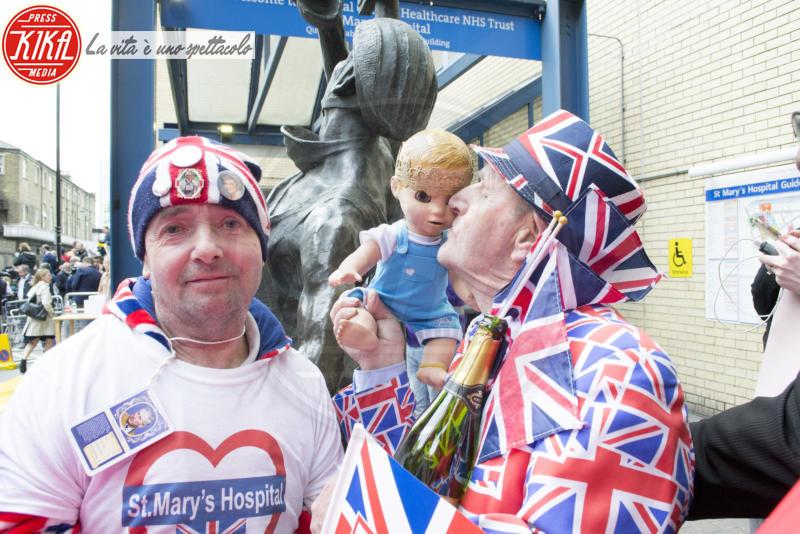 fan Royal Baby, John Loughrey, Terry Hutt - Londra - 23-04-2018 - Terry e John, i fan più famosi del Regno: