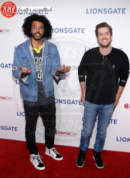 Daveed Diggs - Las Vegas - 26-04-2018 - Blake Lively: pantaloni? No grazie, sotto la giacca... niente!