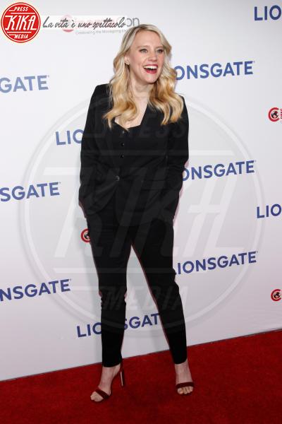 Kate McKinnon - Las Vegas - 26-04-2018 - Blake Lively: pantaloni? No grazie, sotto la giacca... niente!