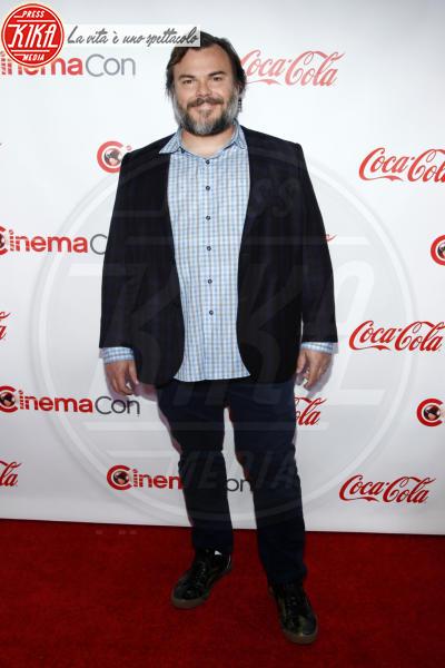 Jack Black - Las Vegas - 26-04-2018 - Blake Lively: pantaloni? No grazie, sotto la giacca... niente!