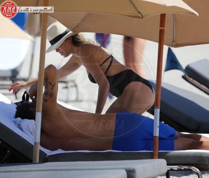 Costanza Caracciolo, Christian Vieri - Miami Beach - 25-04-2018 - Vieri-Caracciolo, ecco il sesso del bimbo in arrivo