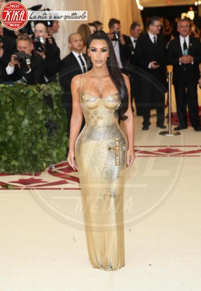 Kim Kardashian - New York - 08-05-2018 - Met Gala 2018: Chi lo indossa meglio? Kim Kardashian/Olivia Munn
