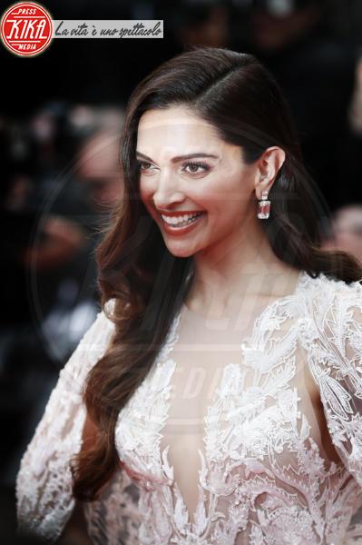 Deepika Padukone - Cannes - 10-05-2018 - Cannes 2018, Amber Heard illumina la premiere di Sorry Angel