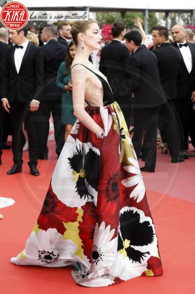 Amber Heard - Cannes - 10-05-2018 - Chi lo indossa meglio? Serena Williams e Amber Heard