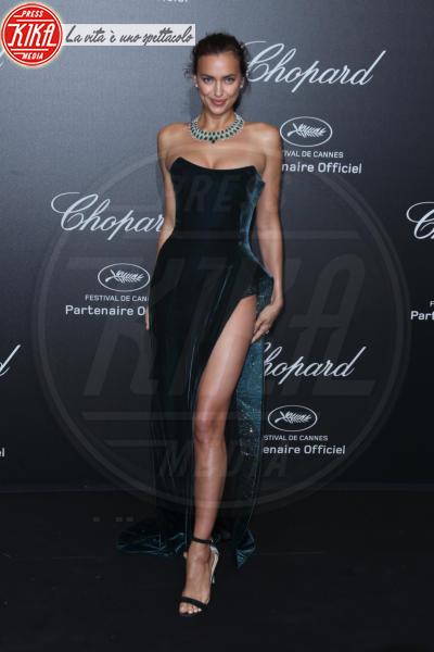 Irina Shayk - Cannes - 11-05-2018 - Da Evangeline a Irina, sul red carpet lo spacco... spacca!