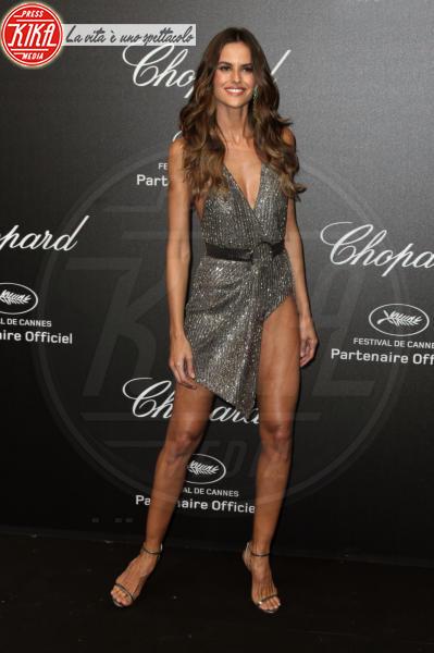 Izabel Goulart - Cannes - 11-05-2018 - Da Evangeline a Irina, sul red carpet lo spacco... spacca!