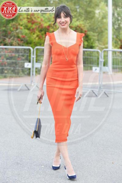 Daisy Lowe - Cannes - 13-05-2018 - Fashion for Relief, in passerella anche... SuperMario Balotelli!