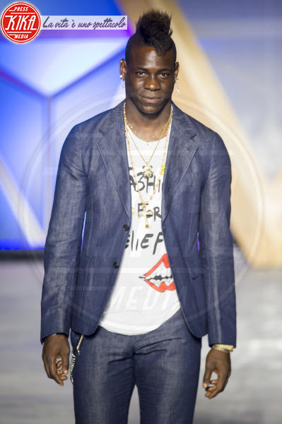 Mario Balotelli - Cannes - 13-05-2018 - Fashion for Relief, in passerella anche... SuperMario Balotelli!