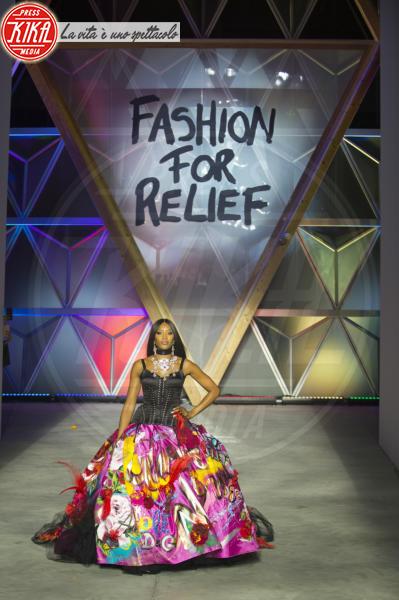 Naomi Campbell - Cannes - 13-05-2018 - Fashion for Relief, in passerella anche... SuperMario Balotelli!