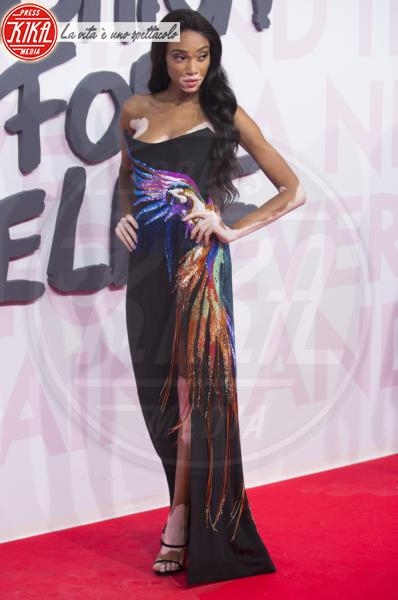 Winnie Harlow - Cannes - 13-05-2018 - Fashion for Relief, in passerella anche... SuperMario Balotelli!