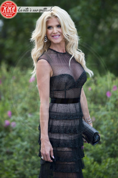 Victoria Silvstedt - Cannes - 13-05-2018 - Fashion for Relief, in passerella anche... SuperMario Balotelli!