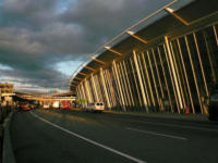 JK Airport - New York - 14-10-2007 - Nuove statue al museo delle cere a Hollywood.