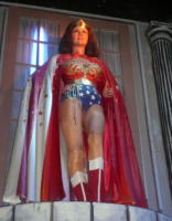 Linda Carter, Wonder woman - New York - 14-10-2007 - Nuove statue al museo delle cere a Hollywood.