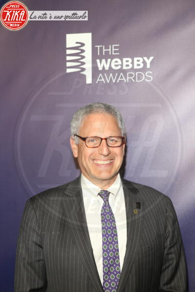 Gary Knell - New York - 15-05-2018 - Webby Awards: FKA Twigs, sideboob da capogiro
