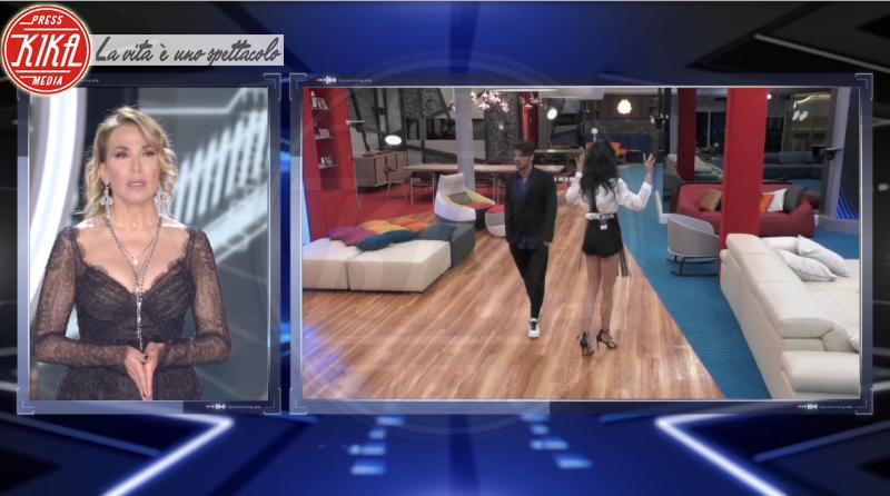 Luigi Mario Favoloso, Barbara D'Urso, Nina Moric - 16-05-2018 - Nina Moric - Luigi Favoloso, lo scontro in diretta