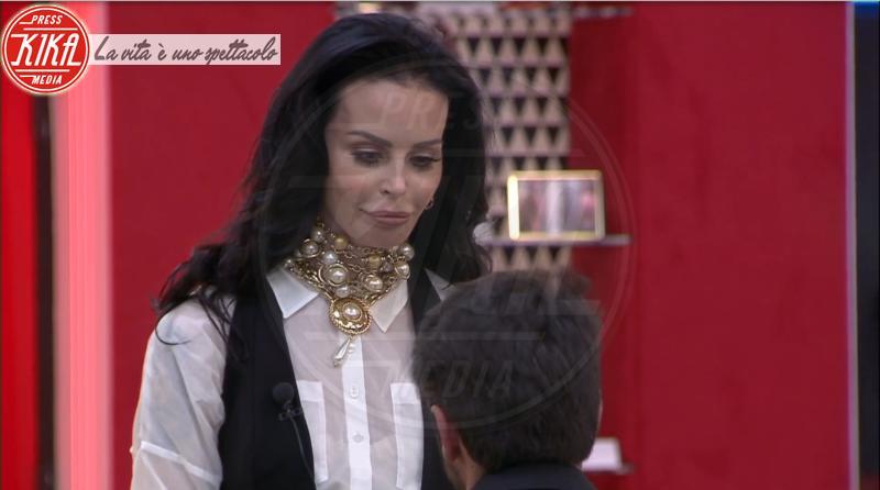 Luigi Mario Favoloso, Nina Moric - 16-05-2018 - Nina Moric - Luigi Favoloso, lo scontro in diretta