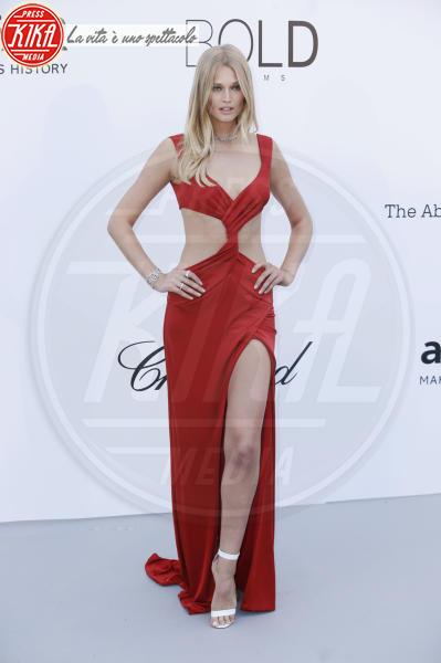 Toni Garrn - Cannes - 17-05-2018 - Da Evangeline a Irina, sul red carpet lo spacco... spacca!