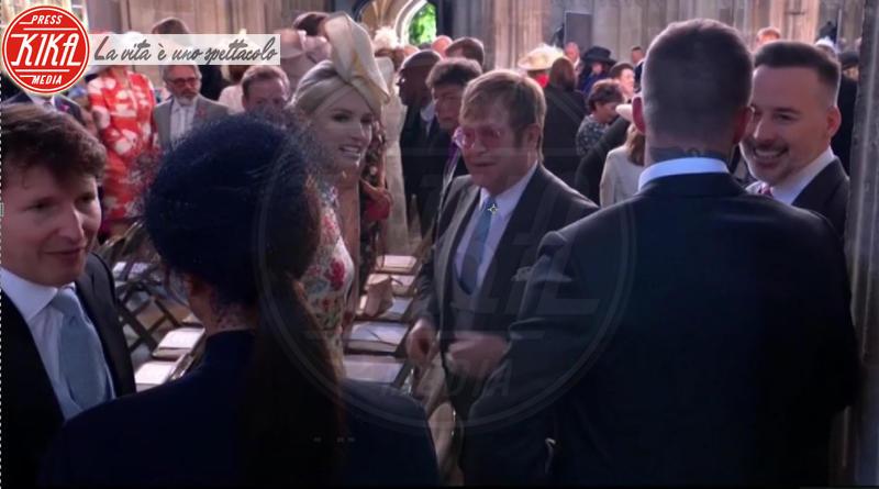 James Blunt, David Beckham, Elton John, Victoria Beckham - Windsor - 19-05-2018 - Royal Wedding, gli ospiti: Amal Clooney è in giallo