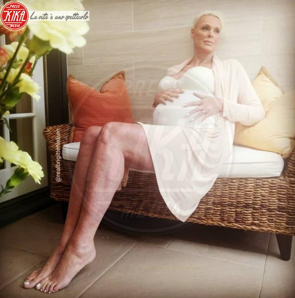 Brigitte Nielsen - 29-05-2018 - Brigitte Nielsen, 54 anni col pancione: quante mamme negli anta!