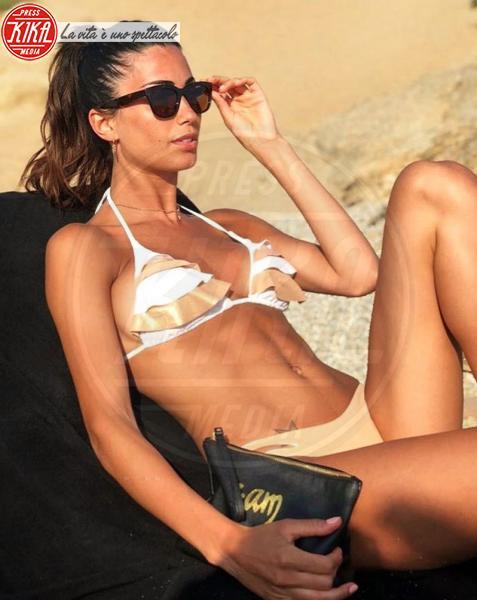 Federica Nargi - 29-05-2018 - Estate 2018: Bikini, trikini, intero, qual è il costume per te?