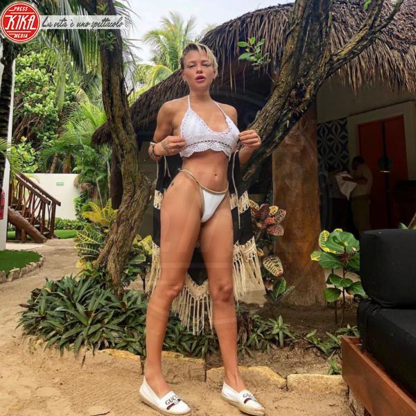 Giulia Provvedi - Messico - 30-05-2018 - Estate 2018: Bikini, trikini, intero, qual è il costume per te?