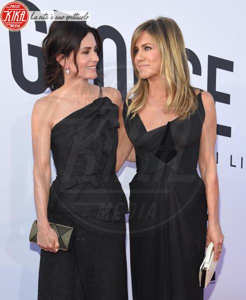 Courteney Cox, Jennifer Aniston - Hollywood - 07-06-2018 - Friends, un'altra reunion social: e il film quando arriva?