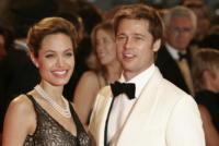 Angelina Jolie, Brad Pitt - Venezia - 24-10-2007 - E' crisi tra Angelina Jolie e Brad Pitt: lei si ubriaca, lui la riprende in pubblico