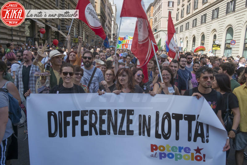 Gay Pride Roma - Roma - 09-06-2018 - Roma, migliaia di persone in piazza per il Gay Pride: le foto