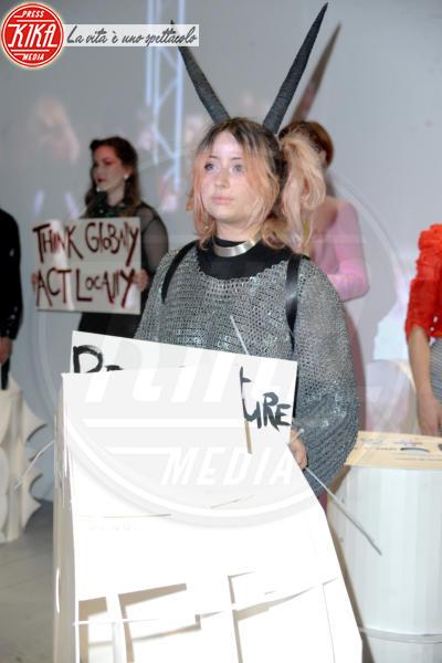 Model - Londra - 09-06-2018 - Victoria Beckham, il look è impeccabile ma sei troppo magra!
