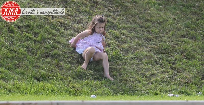 Principessa Charlotte Elizabeth Diana - Tetbury - 10-06-2018 - Kate, George e Charlotte: quando la principessa è solo una mamma