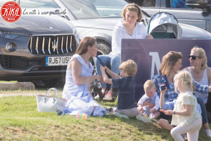 Principe George, Kate Middleton - Tetbury - 10-06-2018 - Kate, George e Charlotte: quando la principessa è solo una mamma