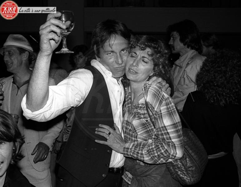 John Ritter, Penny Marshall - Los Angeles - 27-04-1982 - Le star che non sapevi fossero rimaste vedove da giovani