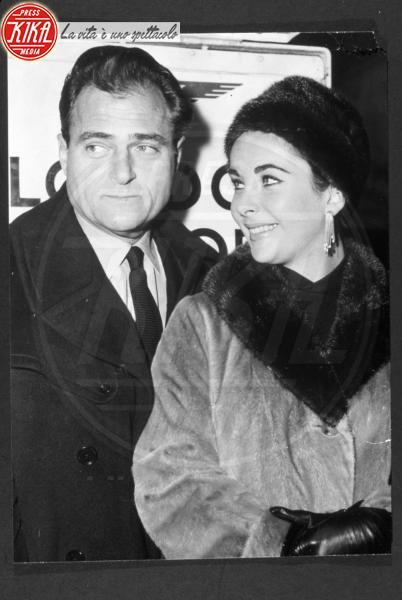 Mike Todd, Liz Taylor - Hollywood - 01-06-1958 - Le star che non sapevi fossero rimaste vedove da giovani