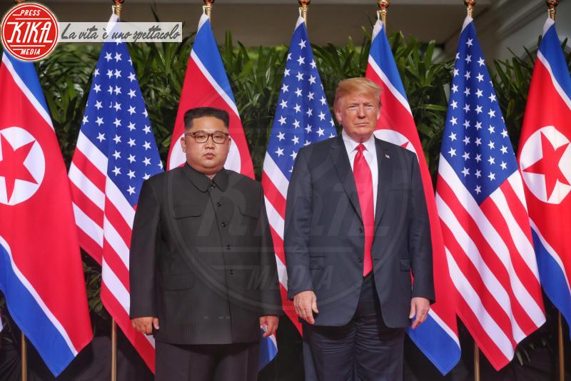 Kim Jong-un, Donald Trump - Singapore - 11-06-2018 - Donald Trump e Kim jong-un, la storica stretta di mano