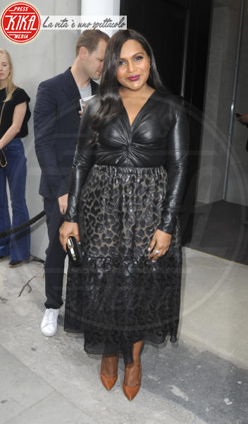Mindy Kaling - Londra - 13-06-2018 - Da Kate Moss a Kylie Minogue: quante star per Stella McCartney