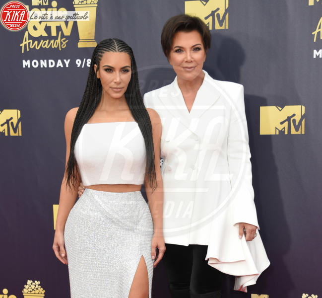 Kim Kardashian, Kris Jenner - Santa Monica - 16-06-2018 - Mtv Movie & Tv Awards: irriconoscibile Hannah Baker