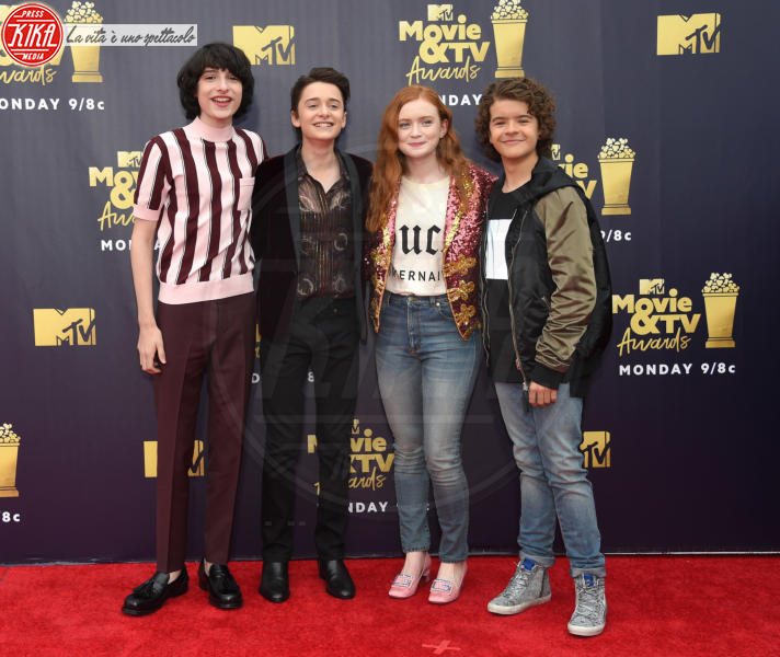 Noah Schnapp, Finn Wolfhard, Gaten Matarazzo, Sadie Sink - Santa Monica - 16-06-2018 - Mtv Movie & Tv Awards: irriconoscibile Hannah Baker