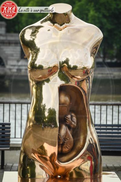 Crypto Connection - Londra - 15-06-2018 - A Londra una statua (italiana) dedicata al mondo crypto