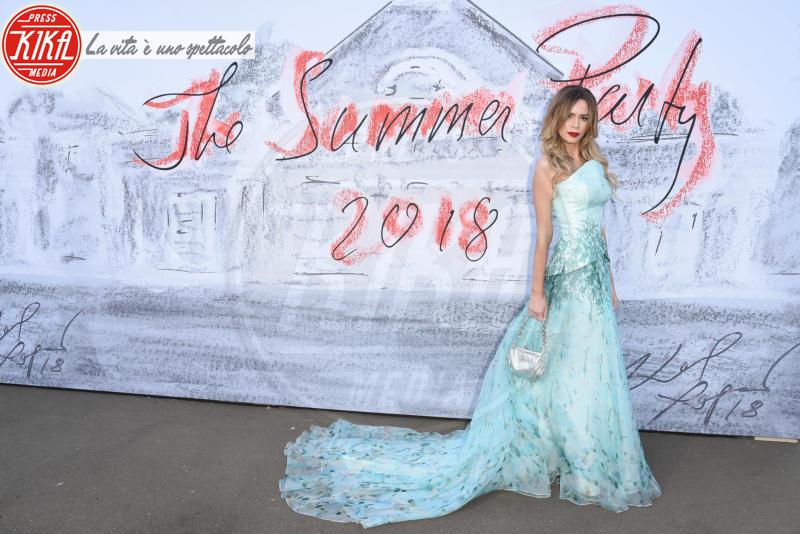 Olivia Arben - Londra - 19-06-2018 - Lady Kitty Spencer, un fiore alla Serpentine Gallery