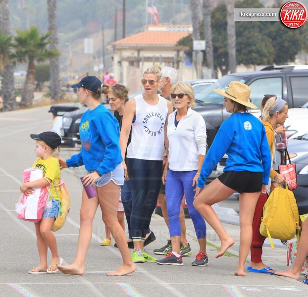 Madeline Shookus, Christine Shookus, Robert Shookus, Lindsay Shookus - Pacific Palisades - 20-06-2018 - Lindsay Shookus incinta? Un nuovo indizio arriva dai genitori...
