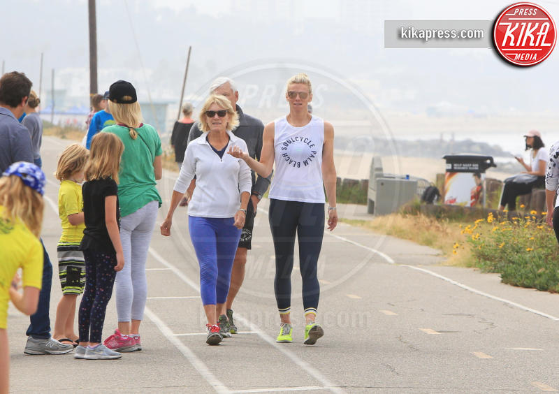 Christine Shookus, Lindsay Shookus - Pacific Palisades - 20-06-2018 - Lindsay Shookus incinta? Un nuovo indizio arriva dai genitori...